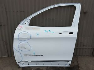2014 2018 Jeep Oem Cherokee Front Door door Shell Left 68110087ac Used