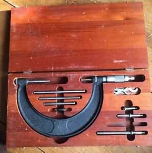 Brown Sharpe 2 6 Micrometer W Attachments Wrenches Wood Box