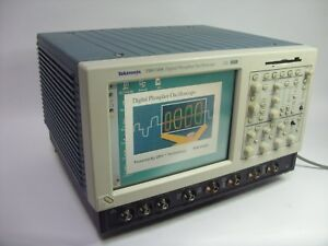 Tektronix Tds7104 4 Channel 1 Ghz Digital Oscilloscope sold As Is