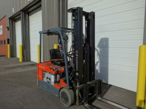 2012 Toyota 3 wheeler Forklift Model 7fbehu18 Very Clean