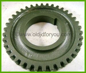H1042r John Deere H Transmission Gear Ah1187r Keyed Intermediate Speed