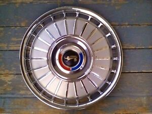 62 Ford Lion Fairlane Galaxie Hubcaps set Of 4 Nice