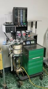 Ohio Modulus I Veterinary Anesthetic Gas Machine