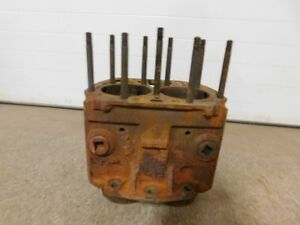 John Deere Late Styled B Tractor Cylinder Block B2500r 11027