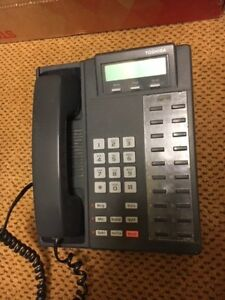 Toshiba phone System With 6 Ip Phones Caller Id Caller Id W Directory