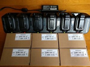 6 Motorola Clp1010 Uhf Two way Radios With 6 Bay Charging Station