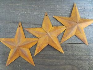 Set Of 3 Rusty Tin Barn Stars 5 5 In 5 1 2 Dimensional Primitive Country Rusted