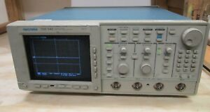 Tektronix Tds 540 Digital Oscilloscope Loc Pl W2