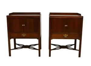 Pair Of Baker Mahogany Reeded Nightstands Bedside Tables