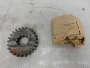 John Deere Styled B Tractor Nos 2nd Speed Countershaft Gear B1868r 11200