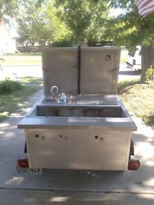 Hot Dog Cart Very Good Condition Built In Pop Cooler Removable Tongue
