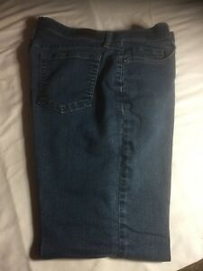 LEE Classic Fit Straight Stretch Women's Dark Blue Jeans Size 12P 3505261 #2