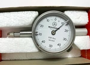 Mitutoyo Dial Indicator 0 01mm 5mm 1045 New In Box Made In Japan Great