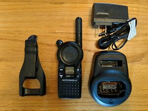 Motorola Cls1110 Uhf Business Two way Radio