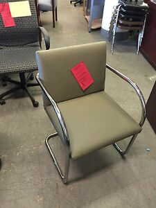 Side guest Chair By Knoll Brno