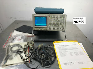Tektronix 2465b 4 channel Oscilloscope 400 Mhz includes 5 Probes Working