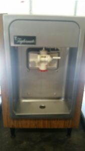Taylor Counter Top 1 Flavor Soft Serve Ice Cream Machine Model 152 115v Used
