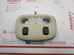2005 2007 Town Car Overhead Console Map Lights With Bracket Parchment