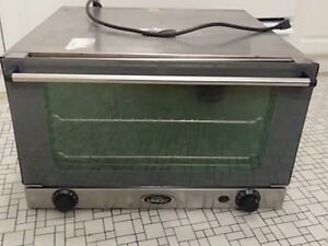 Cadco Ov350 Xaf015 Halfsize Countertop Commercial Electric Convection Oven