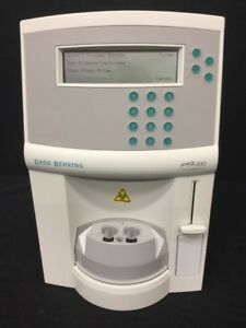 Dade Behring Pfa 100 Platelet Function Analyzer powers On