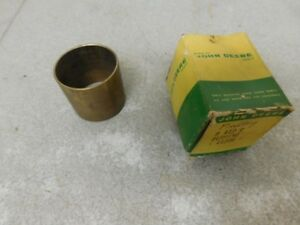 John Deere Unstyled Styled B Tractor Nos Belt Pulley Bushing B412r 11661