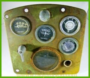 B3985r Aa5397r John Deere 520 Instrument Panel Or Dash With Gauges And Cable