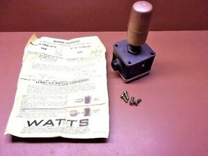 Watts Regulator San89d Low Water Level Control 15 Lbs 250f Nos Reduced