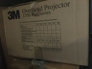 New 3m 1700 Series Overhead Projector