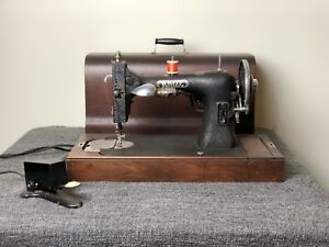 Antique White Rotary Sewing Machine 1927 With Wooden Box