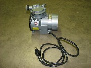 Gast Manufacturing Roa p151 aa Piston Air Compressor Roc r Vacuum Pump