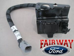 02 Thru 04 F 250 F 350 Super Duty Ford 4 7 Pin Trailer Tow Wiring Harness Plug