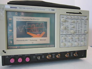 Tektronix Tds7104 Digital Phosphor Oscilloscope Dpo 1ghz Option Std 1160a Probe