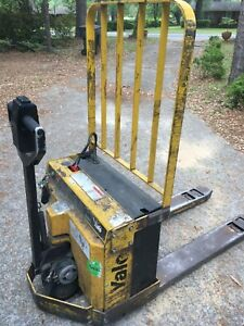 Yale Electric Pallet Jack 4000 pounds Great Price