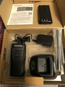 Kenwood Nx340 Uhf Nxdn Radio With Spk Mic And Programming Cable