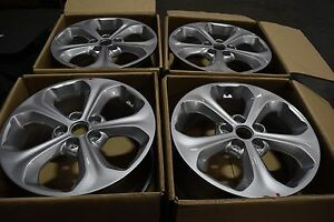 Set Of 4 Brand New Fits All 5 Lug Hyundai Kia Oem Wheel Rim 52910 2p275 Silver