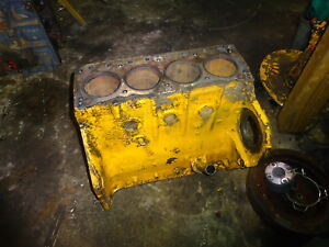 International Harvester 188 Diesel Engine Cylinder Block Rare 3514 Tractor