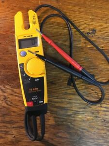 Mint Fluke T5 600 Voltage Continuity Current Digital Electrical Tester Meter