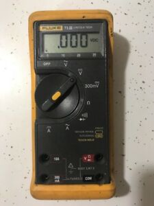 Fluke 73 Iii Digital Multimeter