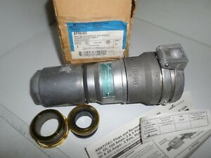 New In Box Cooper Crouse Hinds Apr6465 60 amp Pin sleeve Connector 60a 600v 3w4p