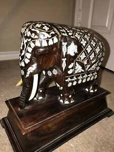 Antique Anglo Indian Inlaid Elephant Carved Wood Rosewood Pedestal India Inlay