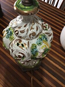 Excellent Condition Vintage Capidomente Majolica Putti Lamp W Cherubs 13 T