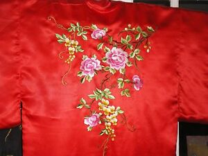 Beautiful Antique Chinese Silk Robe Kimono W Embroidered Peonies