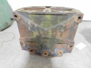 John Deere Unstyled G Tractor Cylinder Block F48r 11972