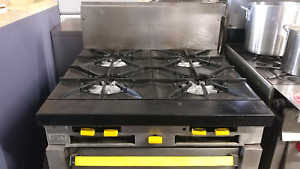 36 Garland Stove 4 Stock Pot Burner With Convection Oven