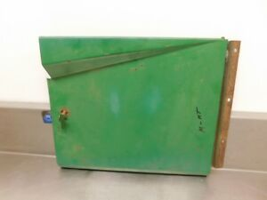 John Deere M Tractor Left Battery Door Am957t 12012