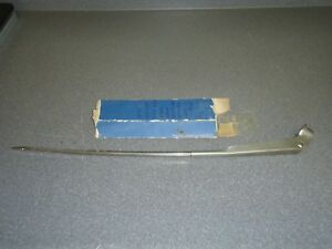 New Nos Oem Gm Windshield Wiper Arm 1370693 1965 1966 Buick Left Side Trico
