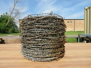 35 Pound Roll Of Livestock Barb Wire Fencing W Carry Handle
