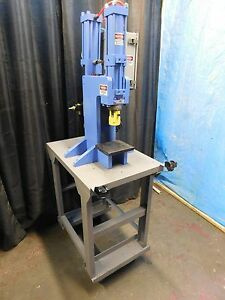 4 Ton Air oil Press Forming stamping More W palms Centerline omaha Press