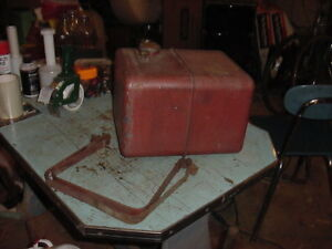 Vintage Metal Gasoline Gas Fuel Tank Go Kart Hit Miss Stationary Engine 4 Gal