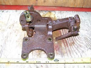 Old Ihc 4hp Famous Titan Webster Magneto Ignitor Bracket Hit Miss Engine Steam